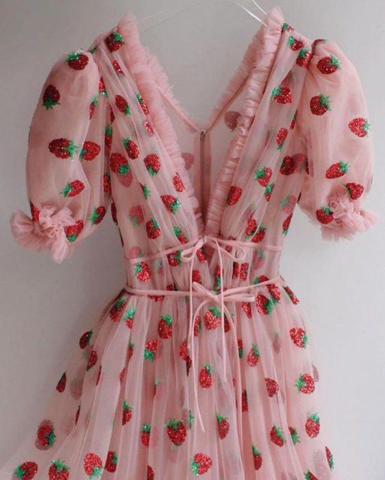 Vestido de fresas viral
