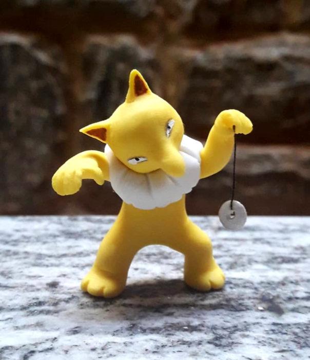 Artista escultor Luki Art crea pequeñas figuras de personajes de caricaturas y películas; Pokémon en pokebola; Hypnos