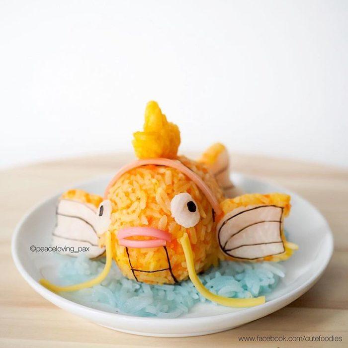 Platillo de comida inspirado en el pokémon Magikarp