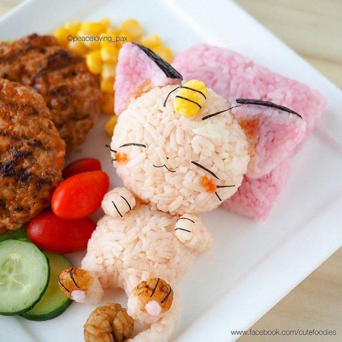 Platillo de comida inspirado en el pokémon Meowth