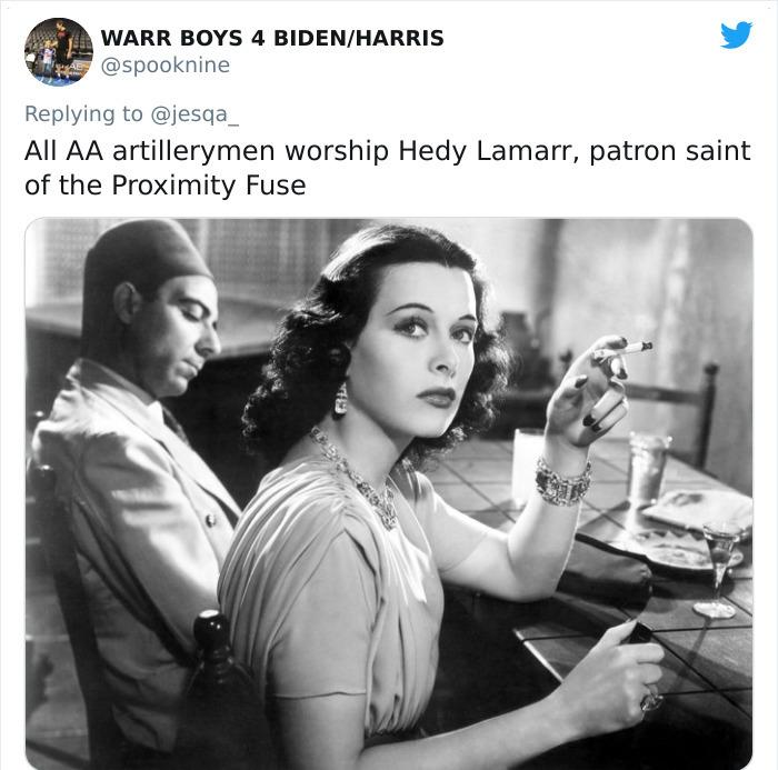 Comentarios en twitter sobre mujeres que se volvieron heroínas de algunos hombres