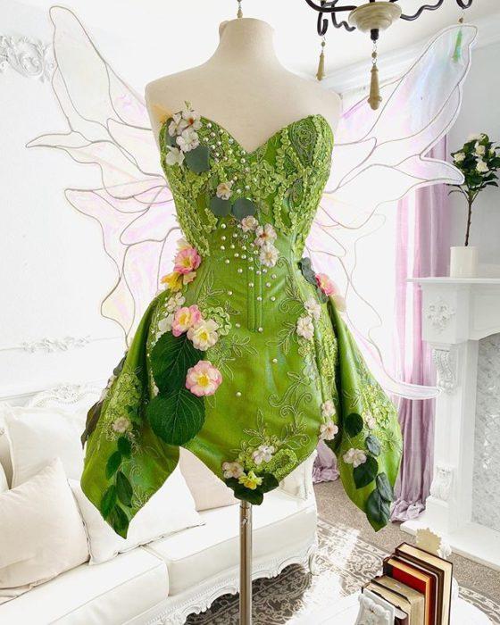 Vestido creado por Nephi García, inspirado en la princesa Disney Campanita