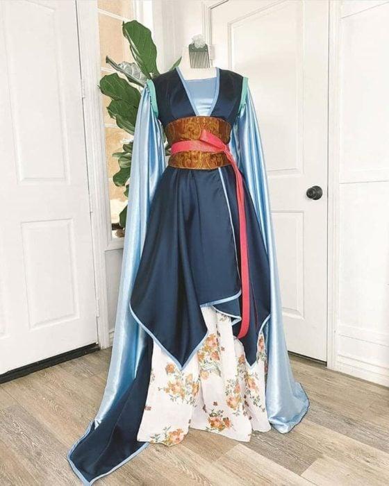 Vestido creado por Nephi García, inspirado en la princesa Disney, Mulan