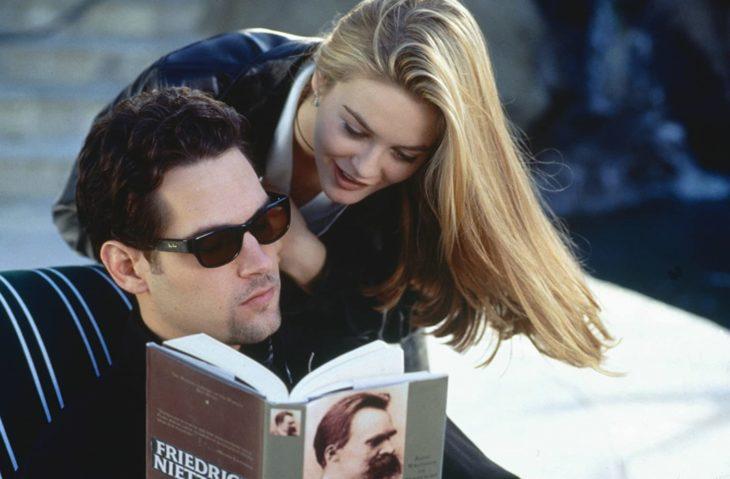 Alicia Silverstone y Paul Rudd durante ua escena de la película Clueless