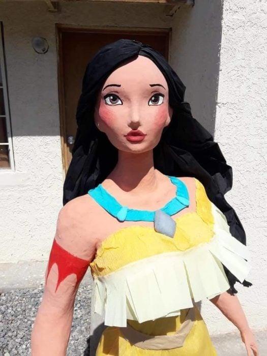 Piñata de Pocahontas