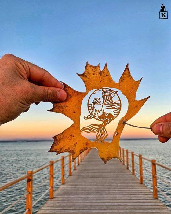 Dibujo en hoja cortada de Kanat Nurtazin de una sirena