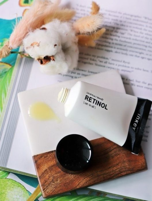 Skin care product with retinol