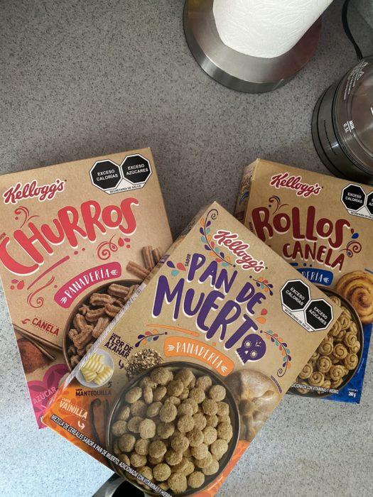 Cajas de cereal de Kellogg's de diferentes sabores