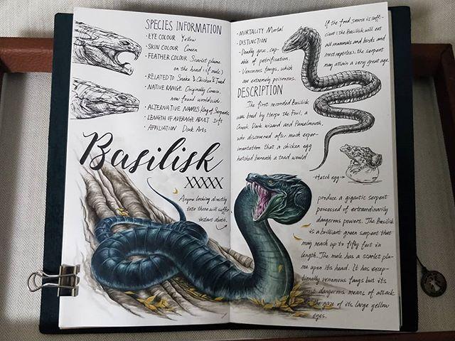 Ilustración del artista hazelnut_lz, inspirada en loas criaturas mágicas de Harry Potter, Basilisco