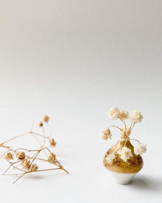 Piezas de cerámica miniatura