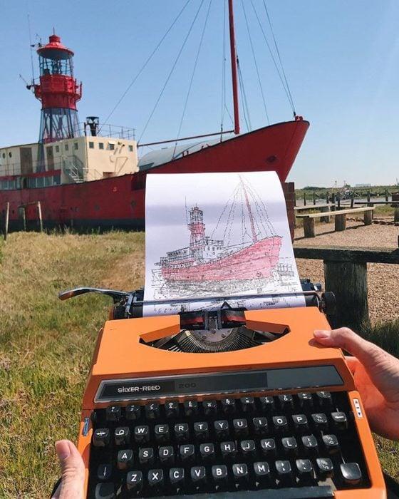 Dibujo de James Cook hecho en una máquina de escribir de un bote en aparcado