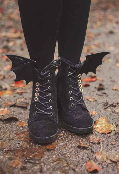 Dr. Martens boots in black with bat wings