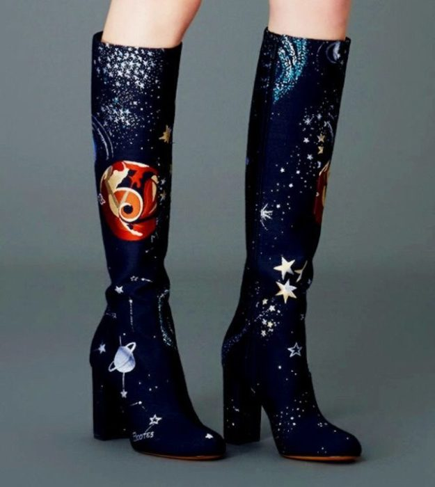 Long boots with star and planet embroidery