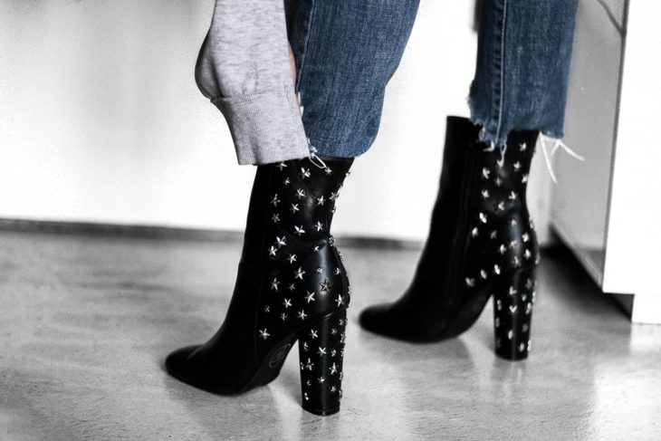 Ankle boots with studs stars on the heel