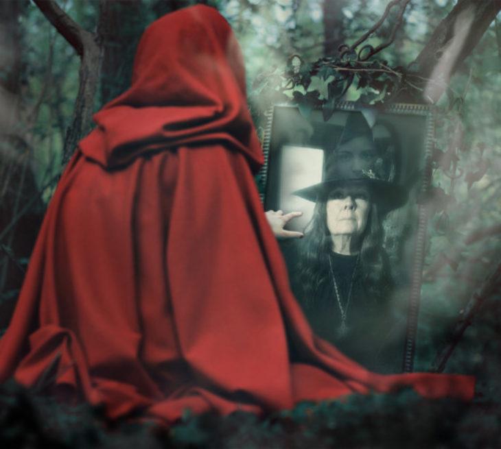 El obituario de la bruja moderna Holly Blair se vuelve viral