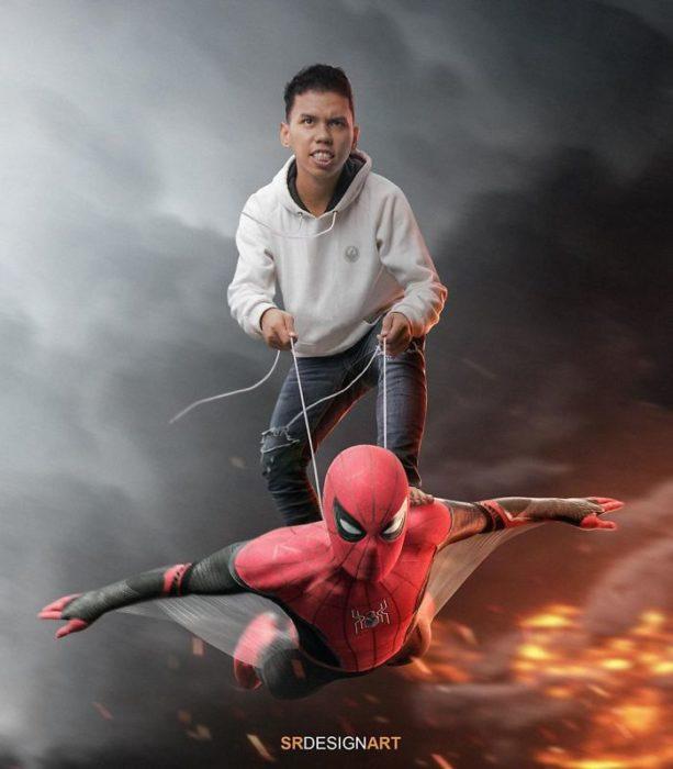 Syahril Ramadan en una foto junto a Spider-Man