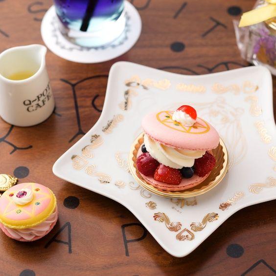 Pastelillo inspirado en el transformador de Sailor Moon