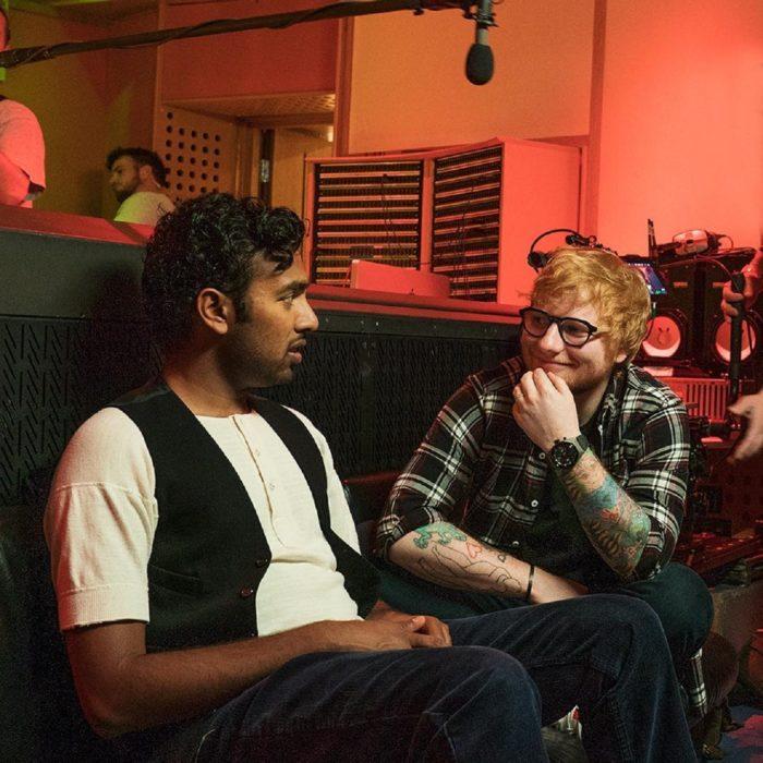 Escena de la película Yesterday en la que aparece Ed Sheeran