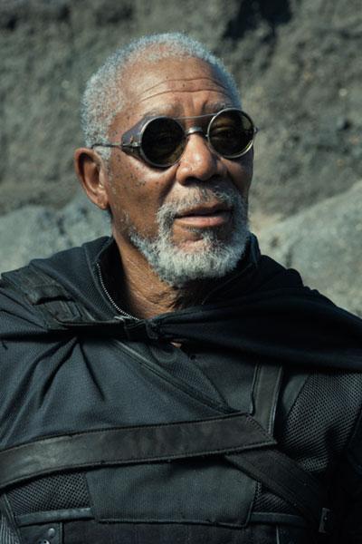 Escena de la película Oblivion en la que aparece Morgan Freeman