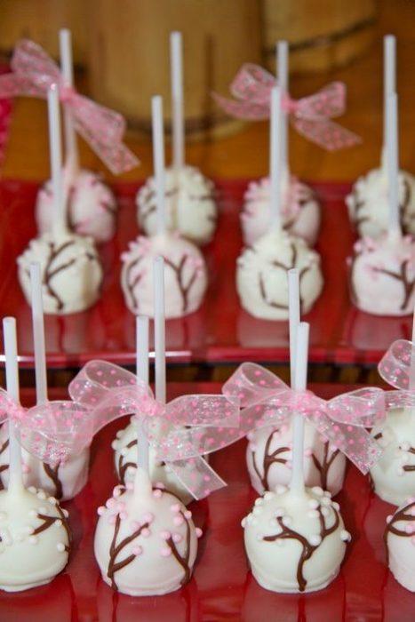 Cakepops con temática de mulán