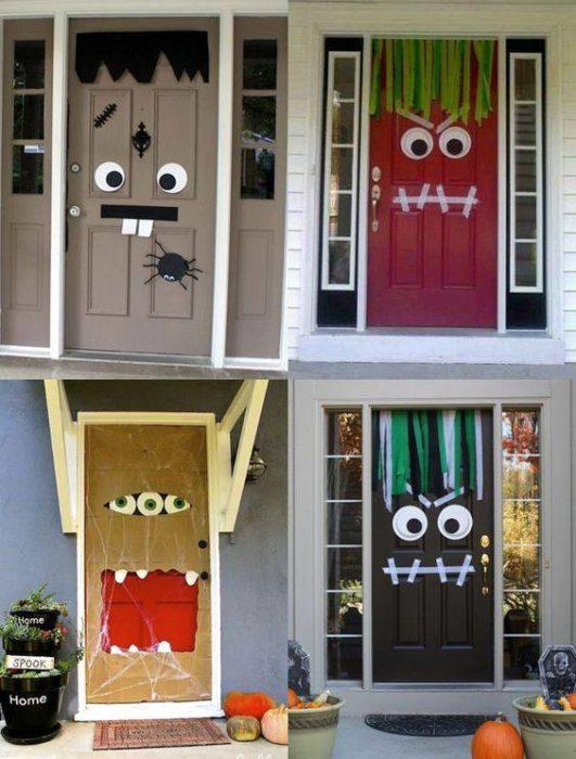 Puertas de casa con decoración de monstruos para halloween