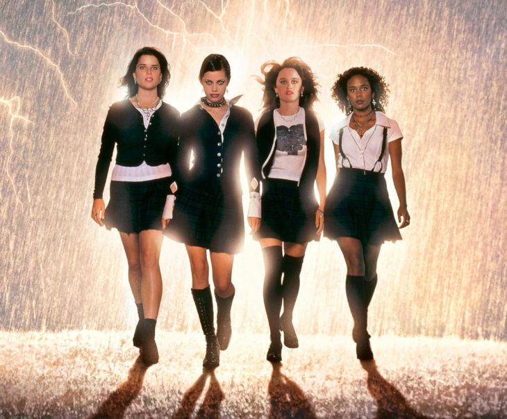 Jóvenes brujas 1996