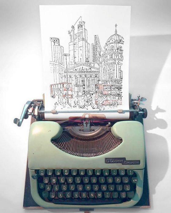 Dibujo de James Cook hecho en una máquina de escribir de la estación de autobuses en Londres
