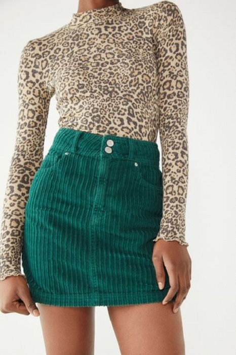 Corduroy outfit in emerald green skirt and animal print round neck long-sleeved blouse