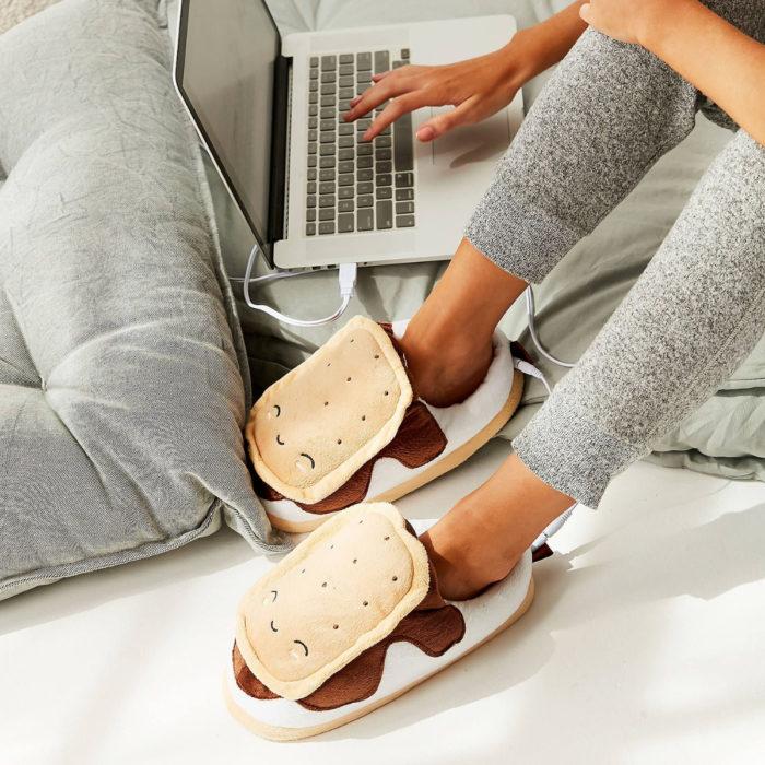 Cute, kawaii, cute ice cream sandwich slippers