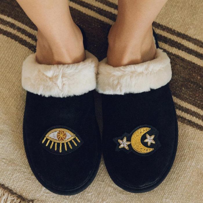 Cute, kawaii, cute eye and moon slippers