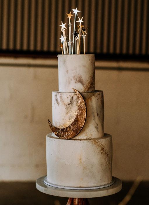Pasteles de boda creativos y bonitos; Luna y estrellas