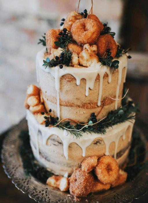 Pasteles de boda creativos y bonitos; de donas