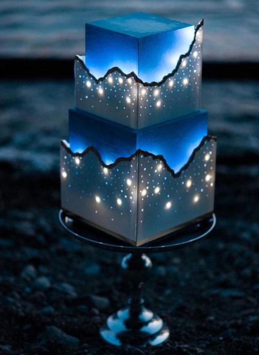 Pasteles de boda creativos y bonitos; brilla en la oscuridad