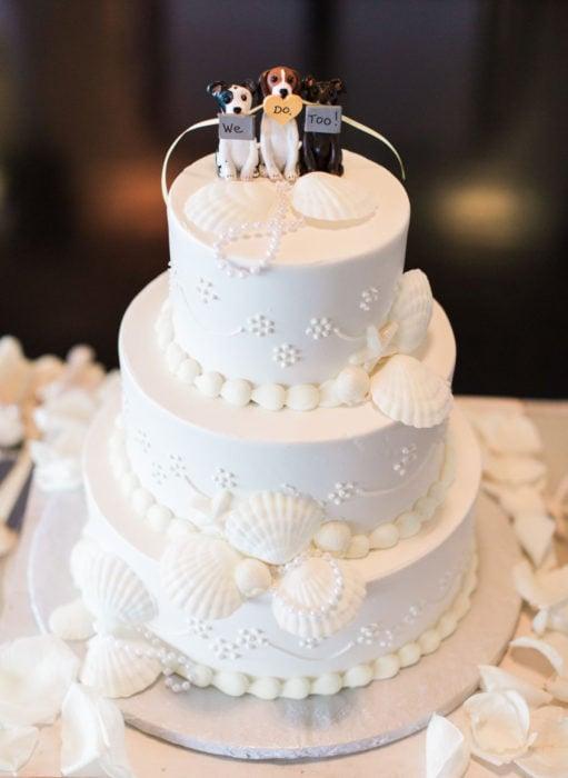 Pasteles de boda creativos y bonitos; de perros