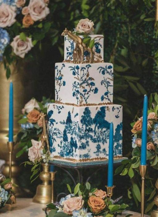 Pasteles de boda creativos y bonitos; pintado a mano