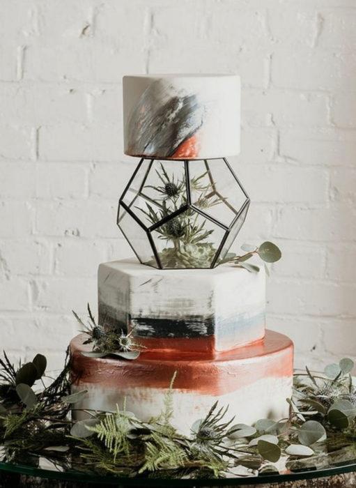 Pasteles de boda creativos y bonitos; terrario