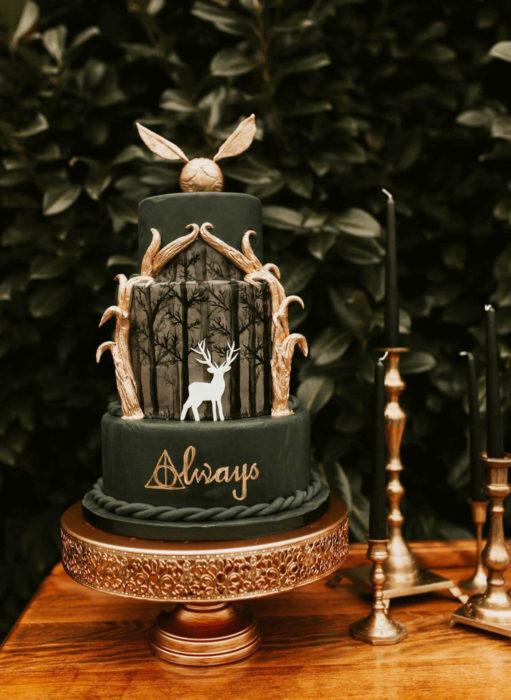 Pasteles de boda creativos y bonitos; Harry Potter, Siempre, Always