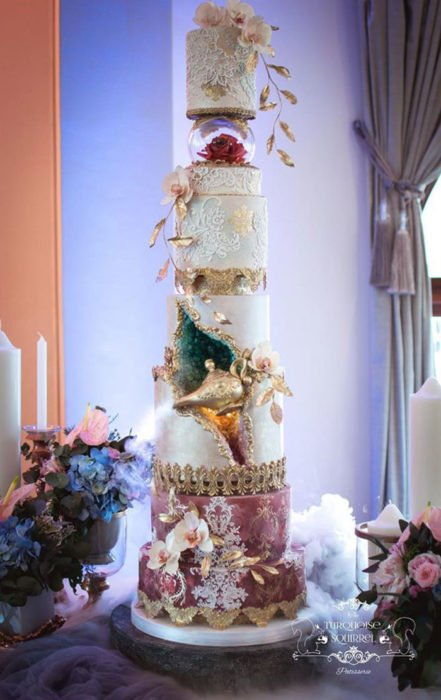 Pastel de bodas inspirado en Aladdín