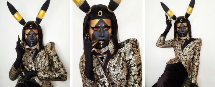 Drag Queen C-PHER usando el cosplay del pokémon Umbreon