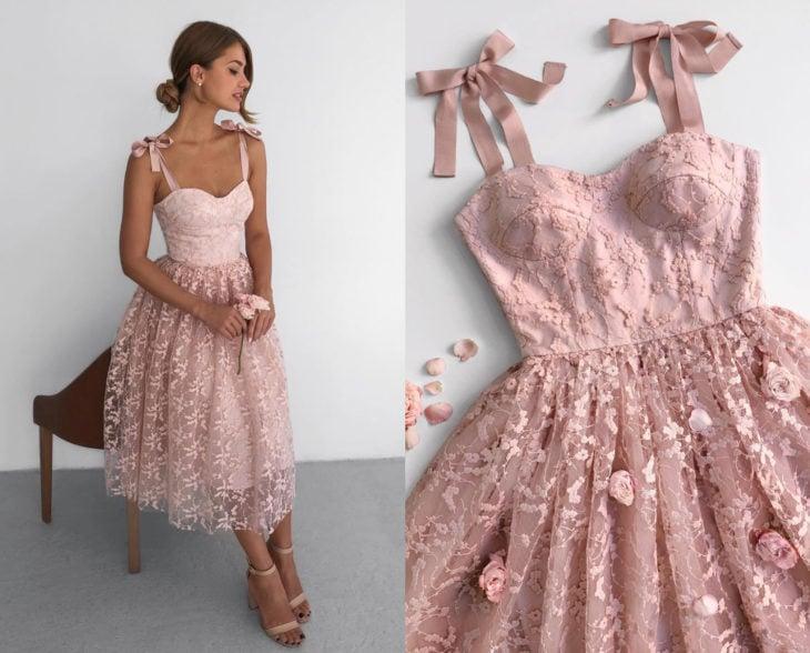 Larne Studio hace bonitos vestidos de corsé; rosa, tul, encaje de flores, rosas
