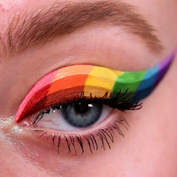 maquillaje de ojos colorido con bandera multicolor rosa, naranja, amarillo, verde, azul y morado