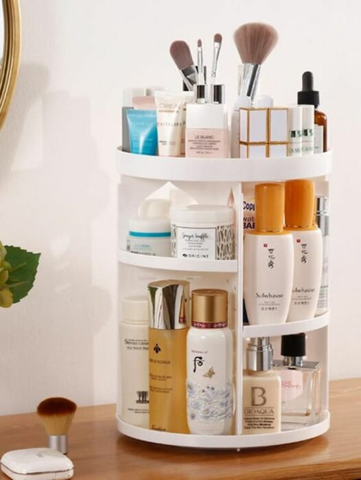 Organization of makeup and skin care in tiers