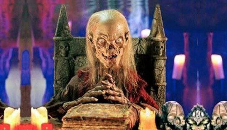 Escena con una calavera de la serie Los cuentos de la cripta