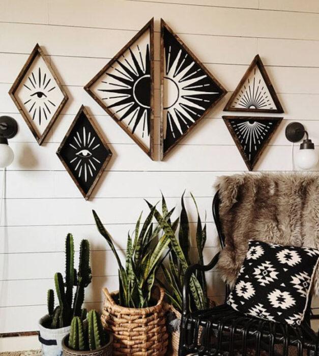 Cuadros decorativos en forma de triángulo de color blanco y negro