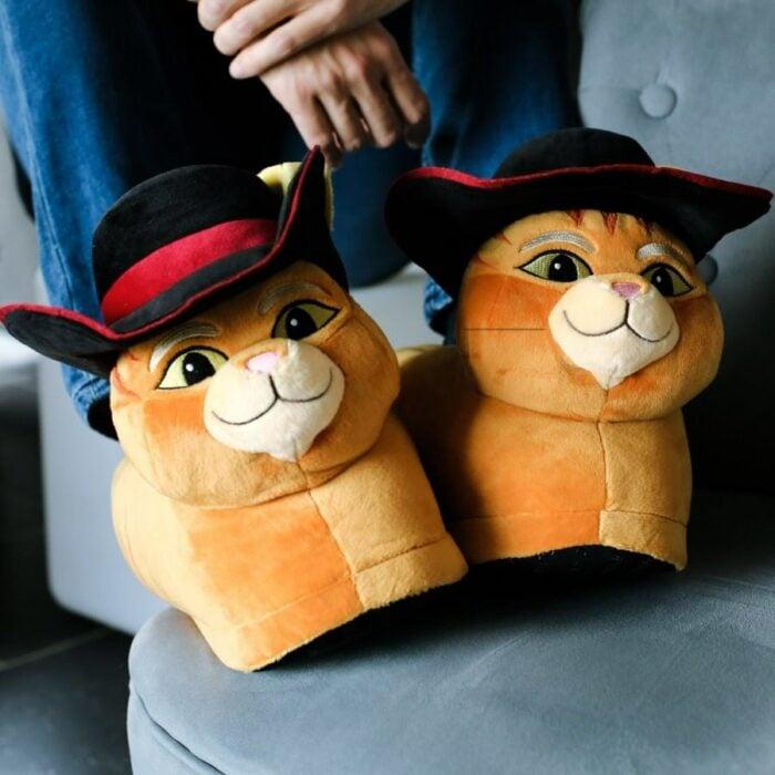 Pantuflas en forma de El gato con botas