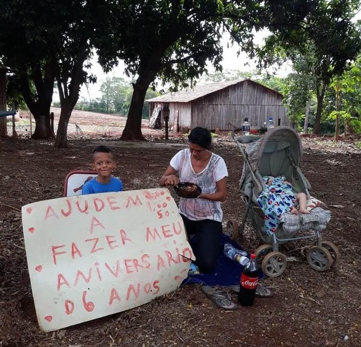 Gabriel pidiendo donaciones para hacer su fiesta de cumpleaños