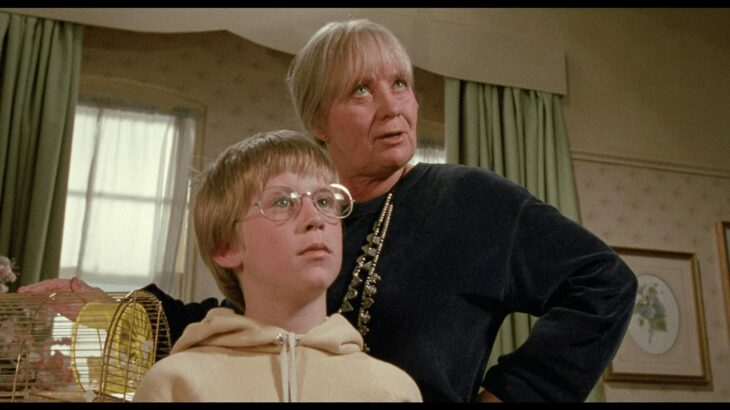 Abuela de Luke y Luke en el hotel
