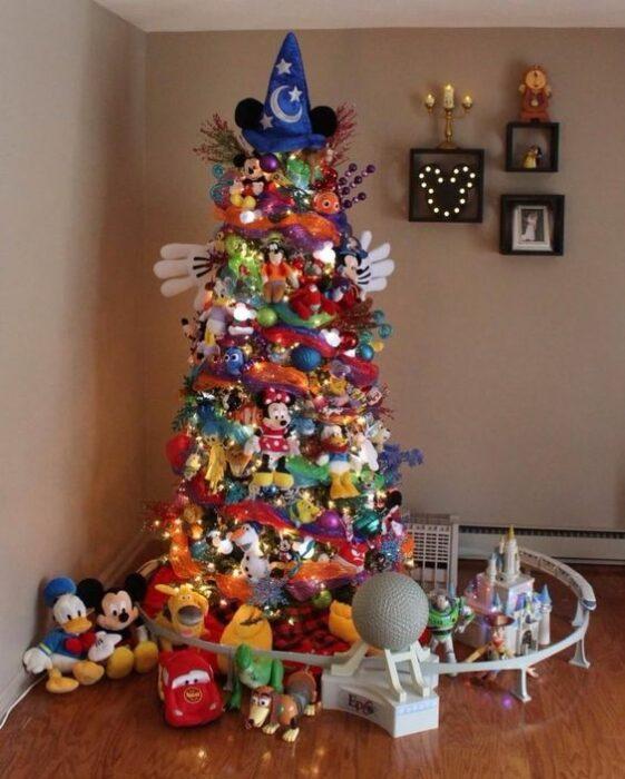 Árbol de navidad de Mickey Mouse