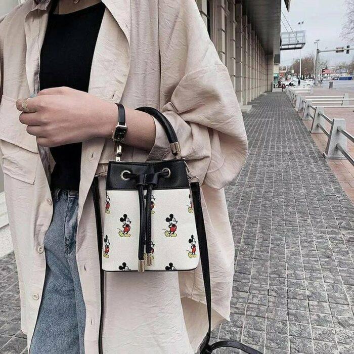 Bolso de mano con diseño de Mickey Mouse