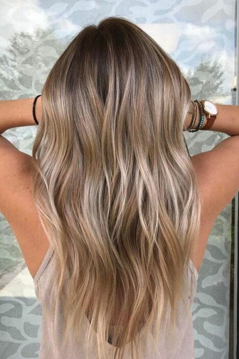 Sand colored hair; the tone that brightens and suits any skin type 10